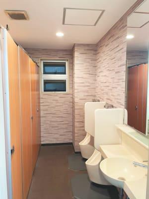 共同トイレ - レンタルスタジオNEXT レンタルジムNEXTの設備の写真