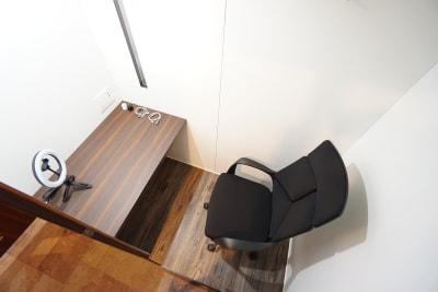 デニーズ幡ヶ谷マルチスペース 個室No.1の室内の写真