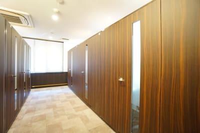 デニーズ幡ヶ谷マルチスペース 個室No.5の室内の写真
