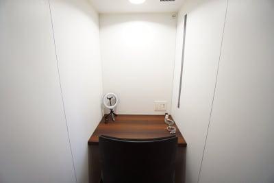 デニーズ幡ヶ谷マルチスペース 個室No.7の室内の写真