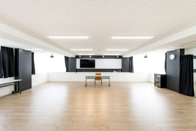 ポーラスター東京アカデミースタジオ Aスタジオの室内の写真