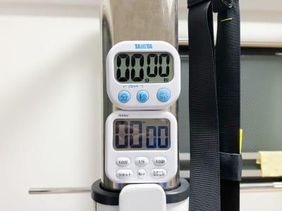 タイマーも設備 - レンタルジム[TIME GYM] プライベートジムスペースの設備の写真