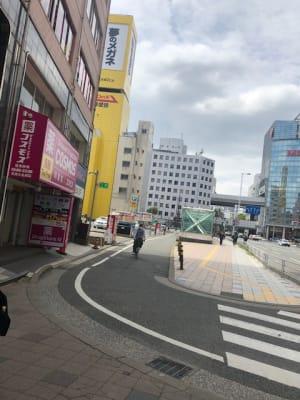 地下鉄七隈線天神南駅 1番出口30秒 - アプローズアネックス レンタルサロンの外観の写真