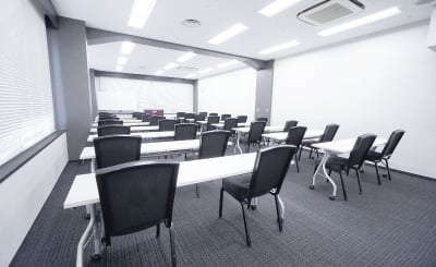 TKP神田駅前ビジネスセンター カンファレンスルーム5Gの室内の写真