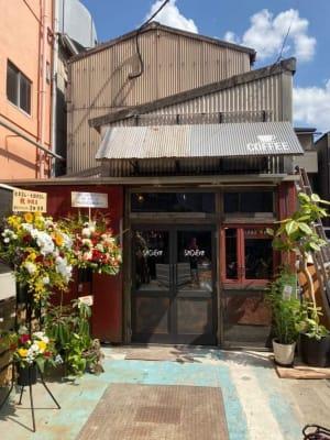 Cafe SaCueva レンタル撮影スペースの入口の写真