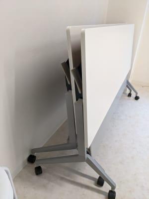 折りたたみテーブル2台有り - NOOK SPACE 多目的スペースの設備の写真