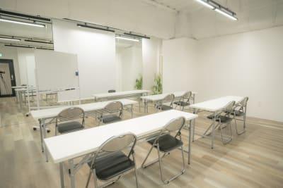 スタジオクオリタス渋谷桜丘・稽古場の写真 - スタジオクオリタス渋谷桜丘 レンタルスタジオの室内の写真
