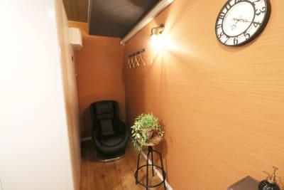 赤ばね防音部屋。 防音室付レンタルスペースの室内の写真