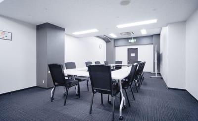TKP神田駅前ビジネスセンター ミーティングルーム5Bの室内の写真