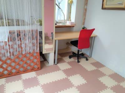 東海ビル金沢  ヨガ,整体,学習,1F小個室の室内の写真