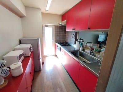 ゆったり大型キッチン - sima sima西宝町 女子会・パーティールームの室内の写真