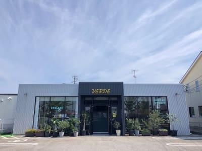 VERDE(ヴェルデ) レンタル会議室、スタジオの入口の写真