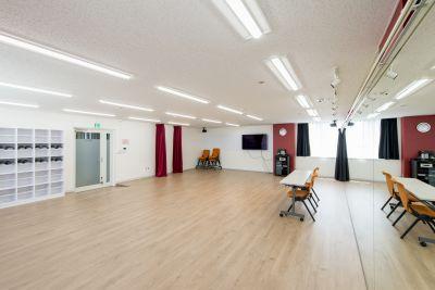 ポーラスター東京アカデミースタジオ Bスタジオの室内の写真