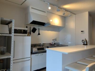 カウンターキッチン - ArtSpaceMONNAKA 5LDK+屋上スペースの設備の写真