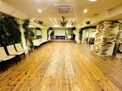 GREEN LOUNGE イベントスペースの室内の写真