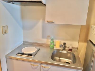 食器洗い用洗剤、スポンジなどは備え付けております。 - 【完全貸切】秋葉原駅より徒歩圏内 個室(12名利用可)の室内の写真