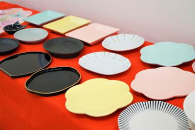 無料貸し出しの小皿です。 - 「浅草 茶禅」 和室大広間レンタルスペースの設備の写真