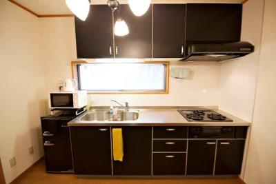 Share Space 白金 キッチン付きパーティールームの室内の写真