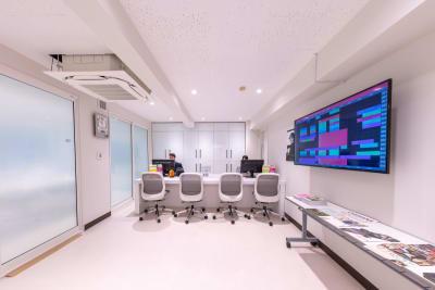 建物の2階が受付です - 渋谷スペース 304の入口の写真