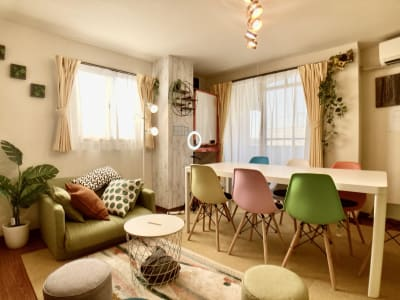 リラックスできるスペースです(^^♪ - としょかんのうら・かしわ 柏レンタルスペース・貸し会議室の室内の写真