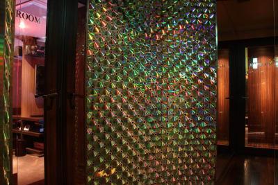 カラオケ個室 ストローク - FURACHI(フラチ) バーラウンジ&BBQテラスの室内の写真