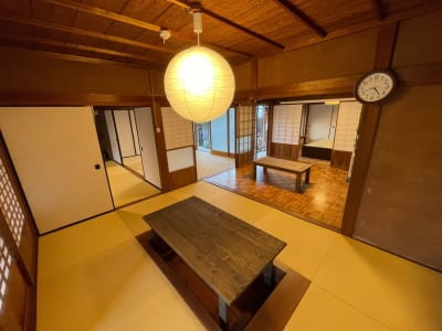 掘りごたつ部屋 - しょうずの宿 濱風 古民家多目的スペースの室内の写真