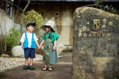 庭入り口 - SESSIONS GARDEN GARDEN(庭)の室内の写真