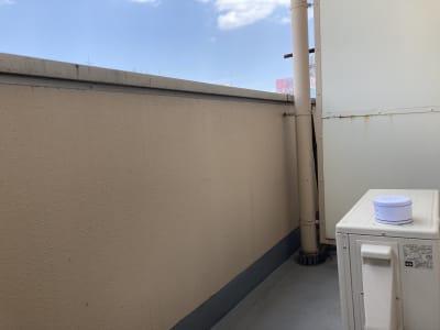 最上階のベランダからの見晴らしで息抜き🍃 - ワーク&ワークアウト池袋 リフレッシュできる貸会議室の室内の写真