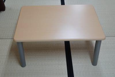 無料テーブル1台。 - 「浅草 茶禅」 和室大広間レンタルスペースの設備の写真