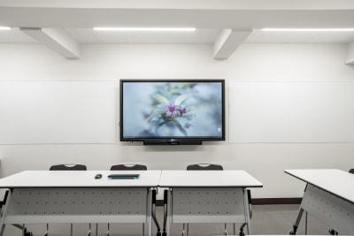 電子黒板兼大型モニター(65インチ) - 渋谷スペース  407の設備の写真
