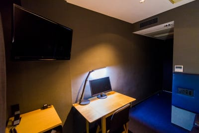 ニューワークスペースの室内の写真
