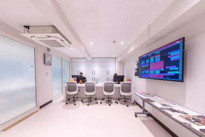 建物の2階が受付です - 渋谷スペース  408の入口の写真