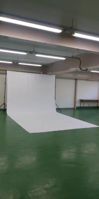背景布 白 黒 緑 ご自身で設置をお願いいたします。  - FC    SPACE スペースCの設備の写真
