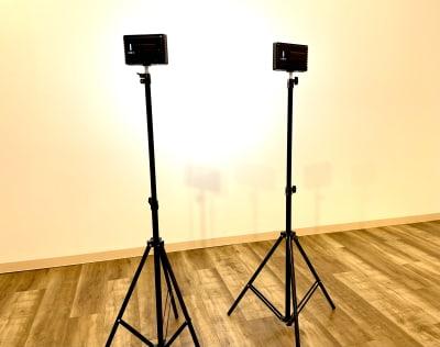 照明2台 - レンタルスペースcocoaの設備の写真