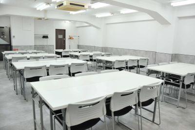 Natuluck茅場町 新館 大会議室(2階)の室内の写真