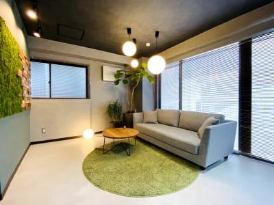 室内写真(リラックスゾーン) - dot bridge 渋谷神泉 ドット ブリッジ渋谷神泉の室内の写真