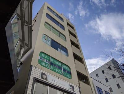 場所は興生ビル4Fです - いいオフィス明石-貸会議室 【明石駅徒歩3分】の外観の写真