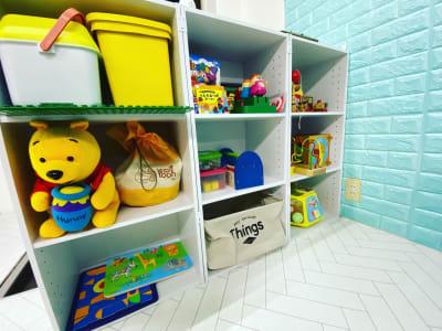 おもちゃコーナー - レンタルルーム アンファン キッズスペース付レンタルスペースの室内の写真