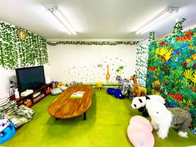 くつろぎスペース - レンタルルーム アンファン キッズスペース付レンタルスペースの室内の写真