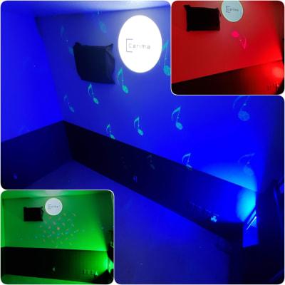 LEDステージライトを使って色々な雰囲気を楽しめます。 - スタジオカリマ/カリマ松本 ダンス、ヨガ、トレーニングなどにの室内の写真