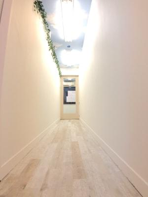通路 - DASHレンタルスペース新松戸 ルームBの室内の写真
