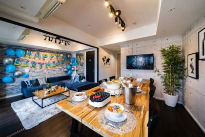 飾りつけ例 *たこ焼き機は現在貸し出し中止となります - スクエア渋谷1303号室 パーティルームの室内の写真
