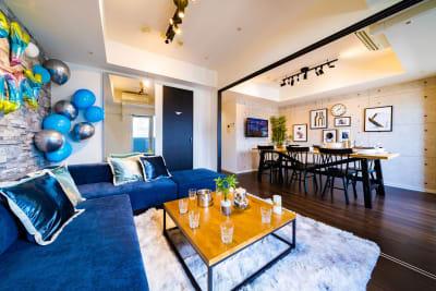 飾りつけ例 - スクエア渋谷1303号室 パーティルームの室内の写真