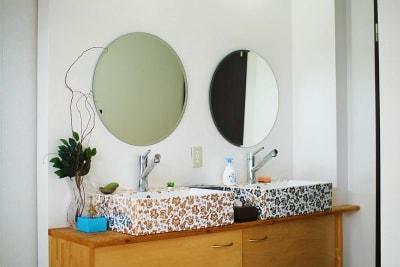 2面あり、清潔感があります。 - スペース城野 シンデレラスペースの室内の写真
