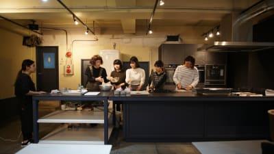 イベント使用事例2 - KLASI COLLEGE 平日利用 レンタルキッチンの室内の写真