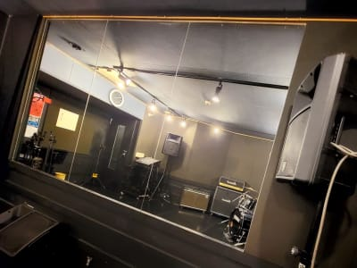 LANDRUTH 下北沢 音楽スタジオの室内の写真