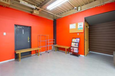 Real-ize 貸スタジオの入口の写真