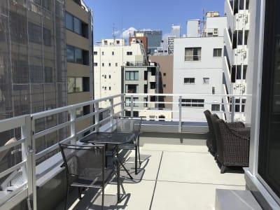 屋上スペース新橋579の室内の写真