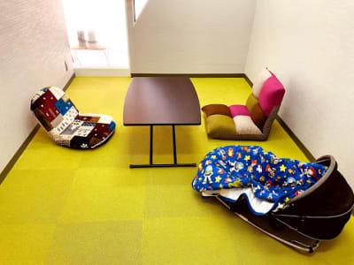 レイジーナアキラ お子さま連れOKの貸会議室の室内の写真