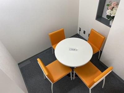 【名古屋駅】会議室アクションラボ 2F コミュニティースペースAの室内の写真